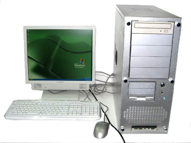 デスクトップPC Windows XP 3.06GHz/2GB/120GB